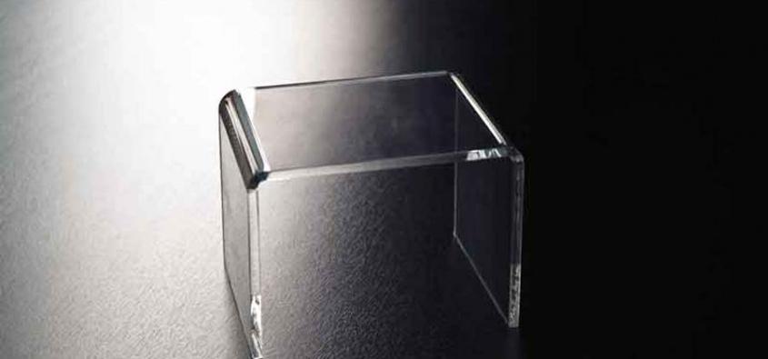 Tavolini In Plexiglass : Tavolini in plexiglass