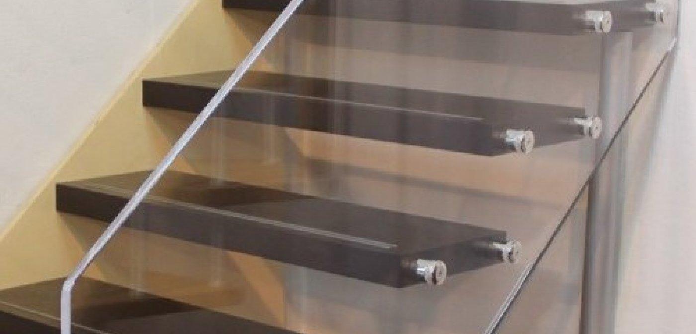 Divisori In Plexiglass Per Esterni plexiglass per edilizia | in plexiglass